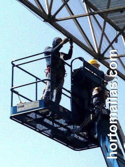 Instalación de protección anti-pájaros GUACAMALLAS en Hospital a grandes alturas