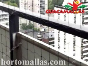 malla anti-aves en edificio