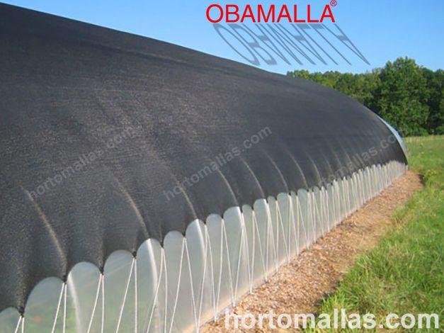 Inclusive é fácil colocar uma meia sombra sobre os macro túneis para proteger seus cultivos dos raios UV.