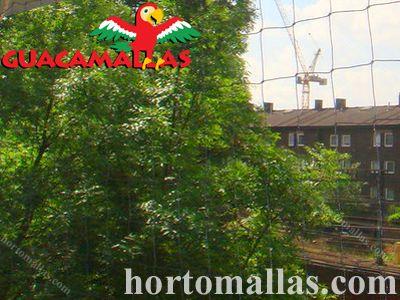 Proteja as áreas que desejar, dos danos causados pelas aves, com a malha/rede anti-pássaros GUACAMALLAS