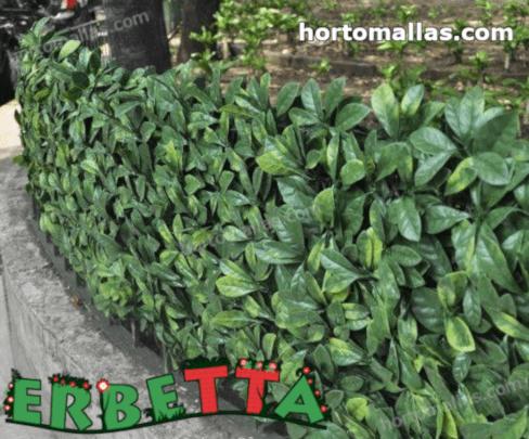 muro verde artificial instalado para decoracion exterior