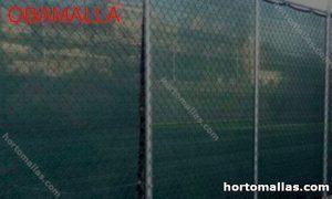 Cancha de futbol con malla sombra verde