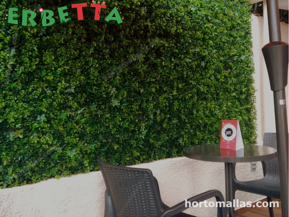 crea un ambiente mas agradable con muro verde artificial ERBETTA.