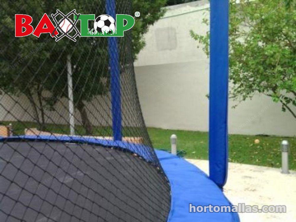 Malla BAXTOP® instalada en un trampolín