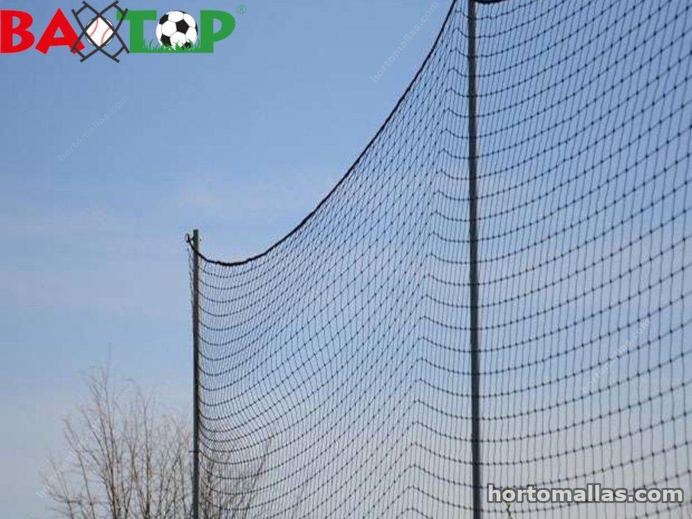 Baxtop  malla evitas accidentes que pueden causar en un partido de futbol