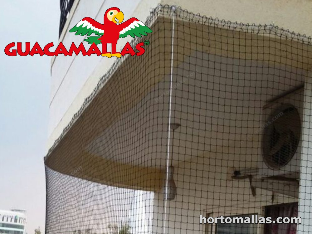 Pigeon barrier netting used on a roof.